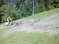 Bikepark Planai - Zielhang der Downhill-Strecke  User: News-Pics 2013-05-20, 22:01 1600 x 1200 Pixel Location: Schladming  Klicks: 35 Rating: 0,0  Dateiname: IMG_20130515_135832.jpg
