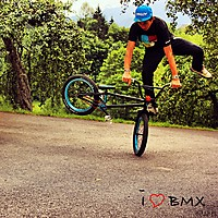 Riding my bitch´´ Dateiname: BMXX.jpg
