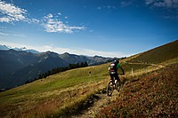 SSES Leogang/Saalbach Stage 2 - Anfang vom Wurzeltrail Dateiname: Biketember_Specialized_SRAM_Enduro_Series_by_Hanno_Polomsky.jpg