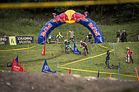 Dualslalom - Gravity Games Schladming Dateiname: Gravity_Games_19-06-2015_IXS_Downhill_Cup_action_Roland_Haschka_ymm_075.jpg