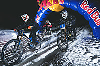 Zur Galerie von News-Pics  Dieses Foto: Ride Hard on Snow - Lines Schneefräsn Cup Dateiname: Schneefraesn-Ride-Hard-on-Snow-Siegertrio-Hannes-Berger.jpg
