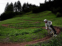 Rideable Project Dateiname: rideable-project-anlieger-downhill-bike.jpg