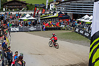 iXS EDC Leogang - Finishing Area Dateiname: Finish_Arena_-_EDC_Leogang_2016.jpg