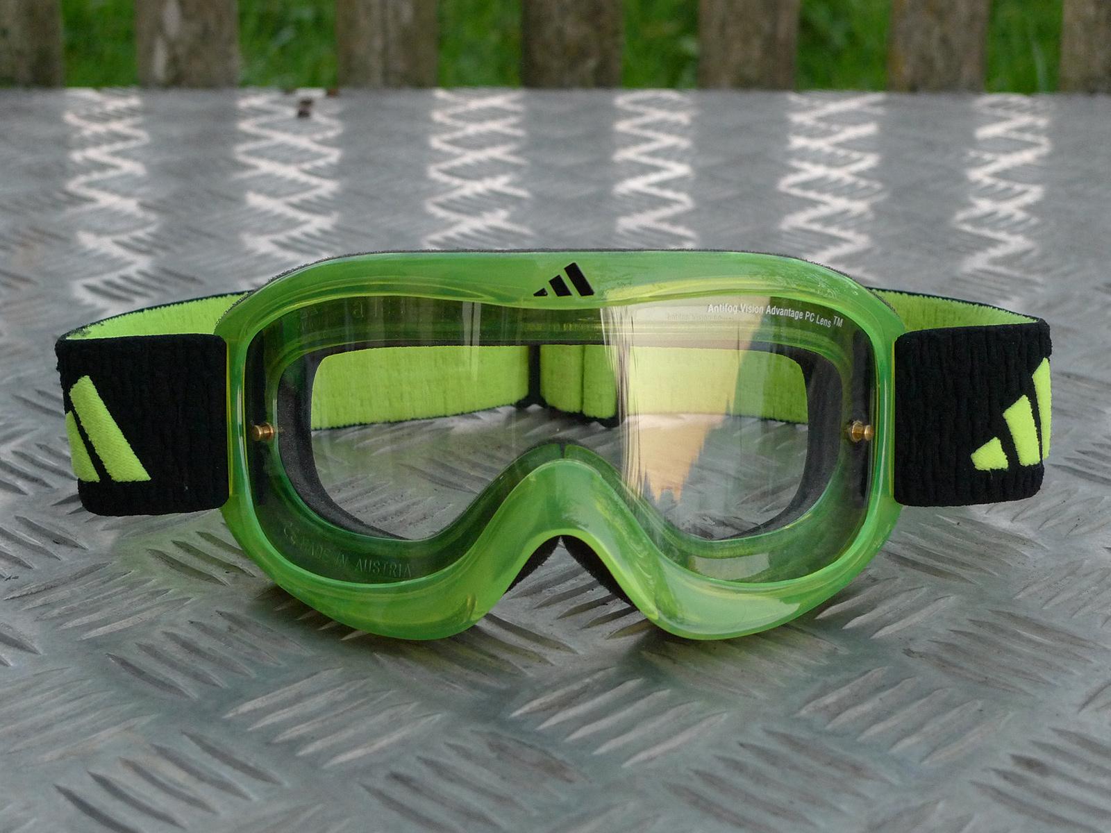 brillen saisontest f nf goggles im vergleich seite 3. Black Bedroom Furniture Sets. Home Design Ideas