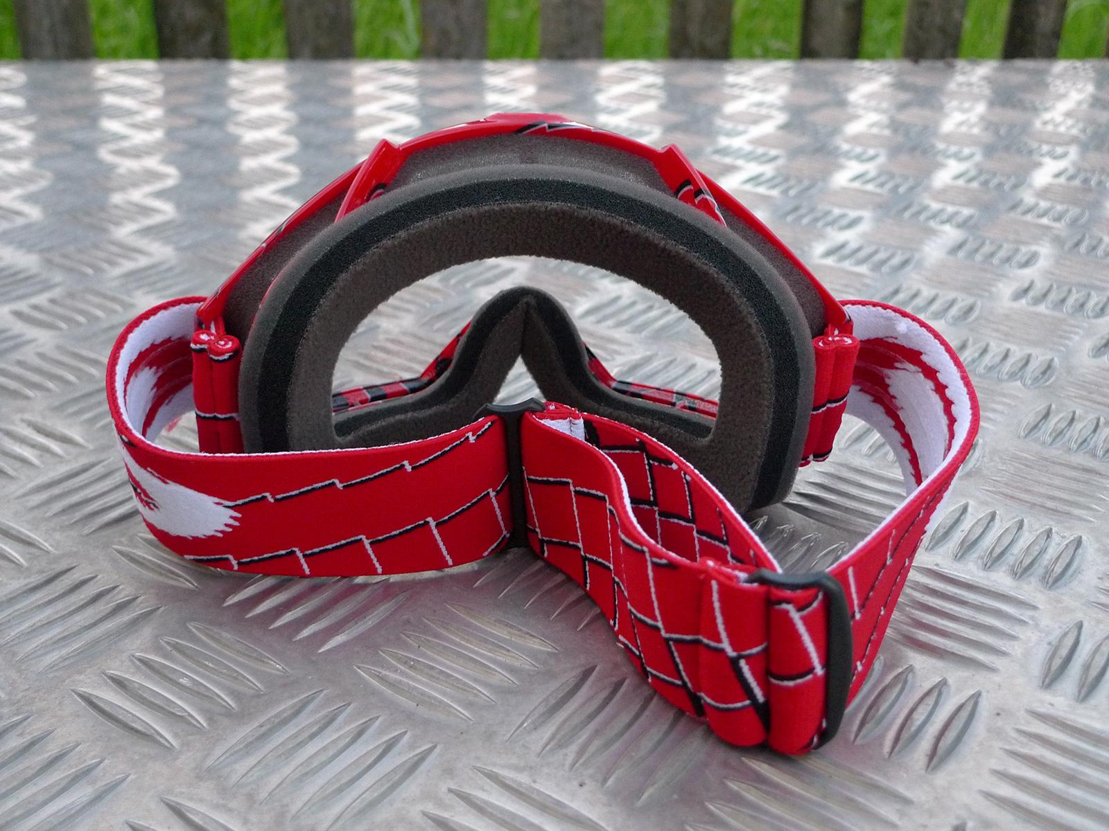 Brillen-Saisontest: Fünf Goggles im Vergleich - Seite 2